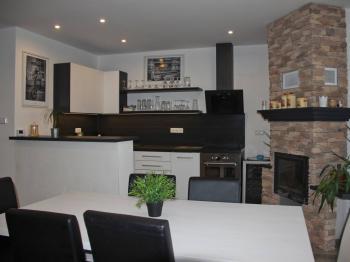 Jídelna - kuchyň - Pronájem domu v osobním vlastnictví 115 m², Olbramovice