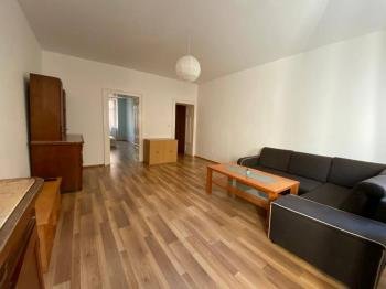 Obývací pokoj 23,4 m2 - Pronájem bytu 2+1 v osobním vlastnictví 81 m², Brno