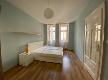 Ložnice 19 m2 - Pronájem bytu 2+1 v osobním vlastnictví 81 m², Brno