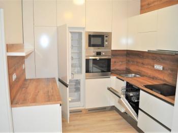 Pronájem bytu 4+1 v osobním vlastnictví 104 m², Brno