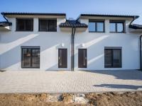 Pronájem domu v osobním vlastnictví, 120 m2, Lažany
