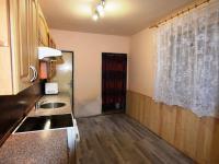 Přízemí Kuchyň (Prodej domu v osobním vlastnictví 197 m², Sadská)