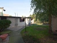 Přístavba - kůlna + možnost sezení (Prodej domu v osobním vlastnictví 197 m², Sadská)