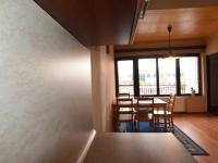 POHLED Z KUCHYNĚ V 1. PATŘE (Prodej domu v osobním vlastnictví 197 m², Sadská)