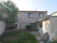 Pohled na dům ze zahrady (Prodej domu v osobním vlastnictví 197 m², Sadská)
