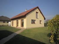 Prodej domu v osobním vlastnictví 240 m², Veltruby