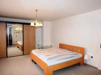 Prodej domu v osobním vlastnictví 382 m², Kostelec nad Černými lesy