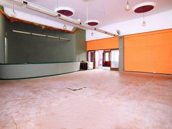 Pronájem komerčního prostoru (obchodní) v osobním vlastnictví, 518 m2, Nymburk