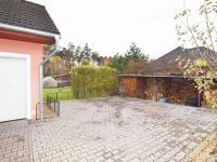 MOŽNOST PARKOVÁNÍ PRO AUTA - Prodej domu v osobním vlastnictví 140 m², Hradištko