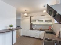 kuchyň (Pronájem bytu 4+kk v družstevním vlastnictví 138 m², Ostrava)