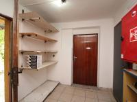 zázemí (Pronájem obchodních prostor 65 m², Paskov)