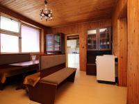 jídelna (Prodej domu v osobním vlastnictví 273 m², Český Těšín)
