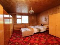 ložnice (Prodej domu v osobním vlastnictví 273 m², Český Těšín)