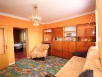 pokoj (Prodej domu v osobním vlastnictví 273 m², Český Těšín)