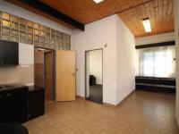 vstup v patře - Prodej komerčního objektu 203 m², Ostrava