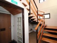 vstup a schodiště - Prodej komerčního objektu 203 m², Ostrava