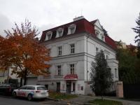 Prodej domu v osobním vlastnictví 240 m², Praha 4 - Podolí