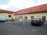 Pronájem komerčního prostoru (obchodní) v osobním vlastnictví, 200 m2, Hostivice