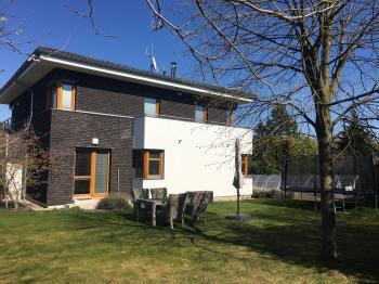 Prodej domu v osobním vlastnictví, 303 m2, Průhonice
