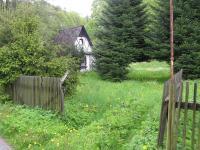 Vjezd na pozemky (Prodej pozemku 3757 m², Mikulovice)