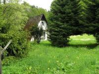 Pohled od příjezdu  (Prodej pozemku 3757 m², Mikulovice)