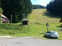 pohled z parkoviště (Prodej pozemku 70484 m², Sobotín)
