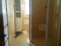 koupelna okál (Prodej pozemku 70484 m², Sobotín)