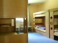 jeden z pokojů Okál (Prodej pozemku 70484 m², Sobotín)