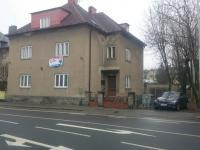 pohled z uice Jesenická (Prodej bytu 3+1 v osobním vlastnictví 139 m², Šumperk)