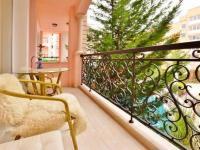 detail balkónu (Prodej bytu 2+kk v osobním vlastnictví 40 m², Nessebar)