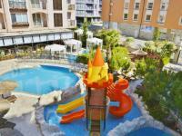 bazény k resortu (Prodej bytu 2+kk v osobním vlastnictví 40 m², Nessebar)