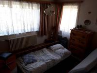 pokoj ve II.NP (Prodej domu v osobním vlastnictví 250 m², Dolní Studénky)