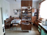kuchyně I.NP (Prodej domu v osobním vlastnictví 250 m², Dolní Studénky)