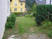 Vstup od silnice (Prodej domu v osobním vlastnictví 220 m², Lipová-lázně)