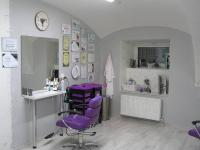 Kadeřnický salon (Pronájem obchodních prostor 98 m², Jeseník)