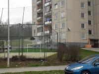 sportovní hřiště před domem - Prodej bytu 3+1 v družstevním vlastnictví 65 m², Šumperk