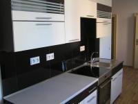 Moderní kuchyň. linka  - Pronájem bytu 3+1 v osobním vlastnictví 88 m², Jeseník