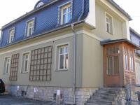 Vchod do domů vpravo - Pronájem bytu 3+1 v osobním vlastnictví 88 m², Jeseník