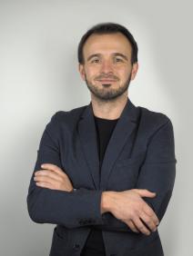 Fotografie makléře Vladimír Šimoník