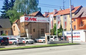 RE/MAX G8 Reality 8