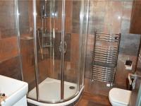Sprchový kout - kanceláře půdní vestavba (Prodej komerčního objektu 671 m², České Budějovice)
