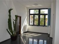 Vstupní prostor 2. NP (Prodej komerčního objektu 671 m², České Budějovice)