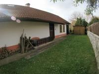 Dvorek (Prodej domu v osobním vlastnictví 109 m², Třebohostice)
