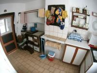 Kuchyně v přízemí (Prodej domu v osobním vlastnictví 109 m², Třebohostice)