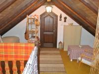 Předpokoj v podkroví (Prodej domu v osobním vlastnictví 109 m², Třebohostice)