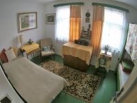 Pokoj č. 2 v přízemí (Prodej domu v osobním vlastnictví 109 m², Třebohostice)