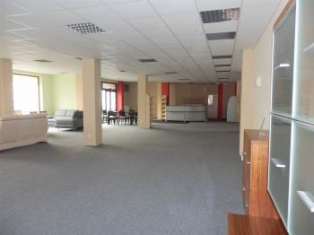 Nebytový prostor - Pronájem obchodních prostor 230 m², Písek