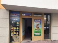 Nebytový prostor ul. B. Smetany - vchod (Prodej obchodních prostor 32 m², České Budějovice)