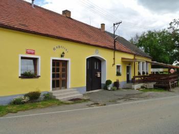 Pohled z ulice - Prodej restaurace 200 m², Hoštice