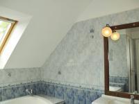 Bytová jednotka - koupelna (Pronájem domu v osobním vlastnictví 286 m², Písek)